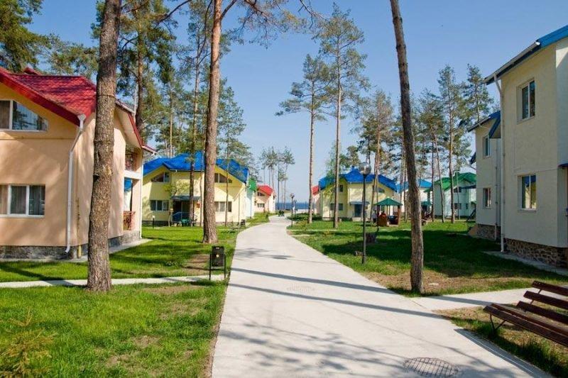 baza otdyha dzhintama briz  e1583153815102 - Лучшие базы отдыха Киевской области