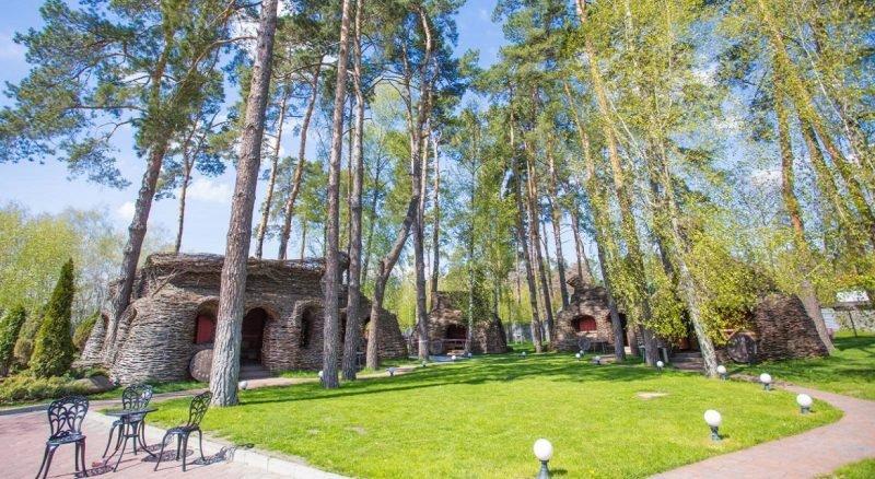 zagorodnyj kompleks kidev  e1584273217170 - Лучшие загородные комплексы возле Киева
