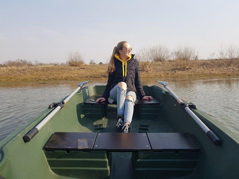 prokat lodki s veslami - Развлечения